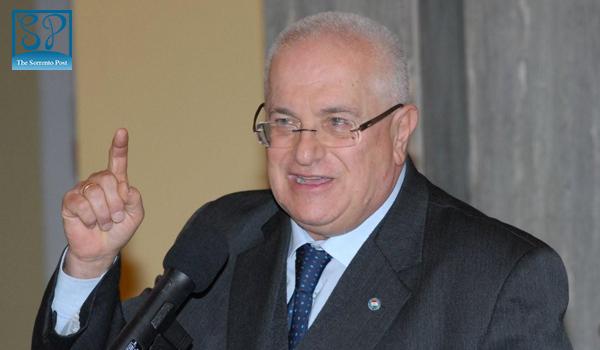Il Sen. Raffaele Lauro e la lotta al gioco d'azzardo