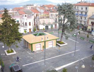 Arte e tradizione Natalizia, Piazza Veniero e la Fondazione Sorrento