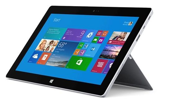 240 tablet made by Microsoft al liceo Salvemini