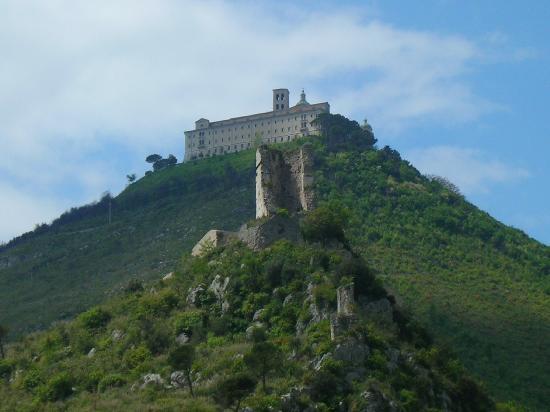 Viaggio a Montecassino: sulle orme della storia
