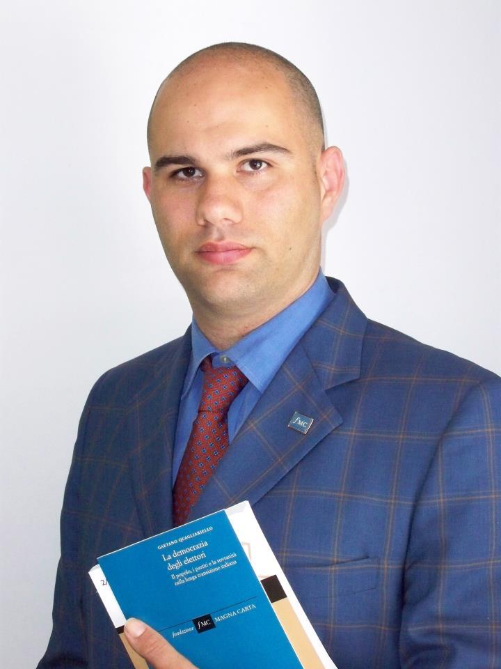 Raiola, orgoglio sorrentino: dopo la nomina nel comitato Giustizia, l'avvocato pubblica il suo primo libro