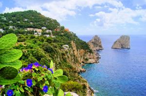 Capri - Napoli - Campania - Shutterstock