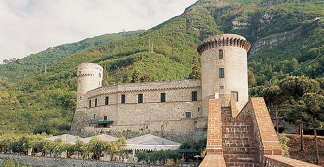 """Il """"Castello a Mare"""" di Pozzano – La Storia"""