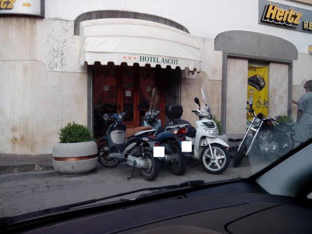 Discesa per disabili marciapiede - Sorrento