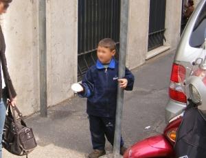 Approvata la mozione contro l'accattonaggio a Sorrento