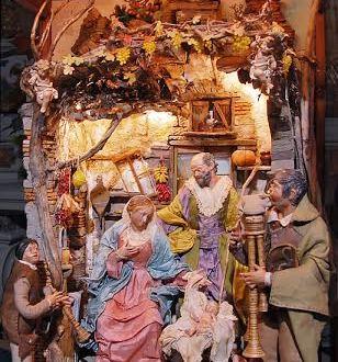 """Il presepe napoletano """"sbarca"""" a piazza Veniero: una tensostruttura ospiterà i capolavori della Natività"""