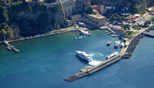Ascensori gratis per i pendolari del mare