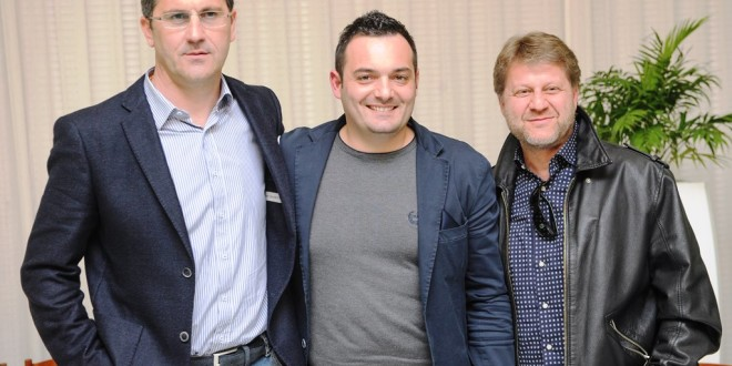 CALCIO | Cioffi, esperienza-lampo: l'allenatore del Sorrento si dimette. Ipotesi ritorno Chiancone o Sosa