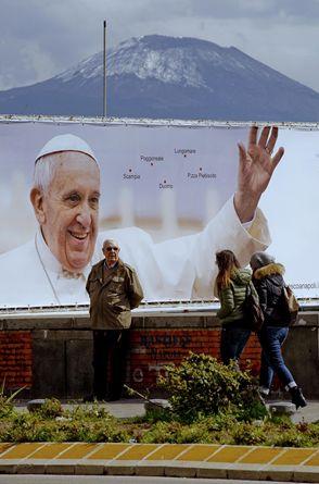 Papa Francesco a Napoli