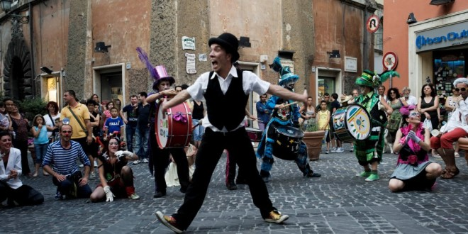 Ordinanza di chiusura al traffico per il festival degli artisti di strada a Sorrento